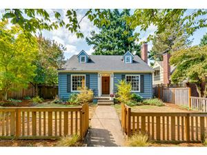 Photo of 5827 NE 32ND AVE, Portland, OR 97211 (MLS # 19485473)