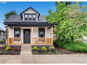 Photo of 4121 SE 64TH AVE, Portland, OR 97206 (MLS # 19267477)