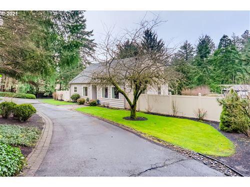 Photo of 12645 BOONES FERRY RD, Lake Oswego, OR 97035 (MLS # 21186477)