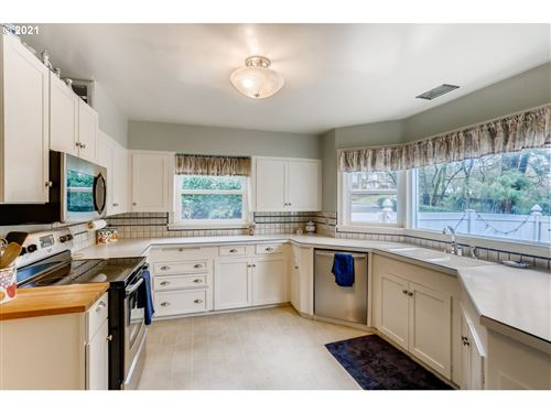 Tiny photo for 12645 BOONES FERRY RD, Lake Oswego, OR 97035 (MLS # 21186477)