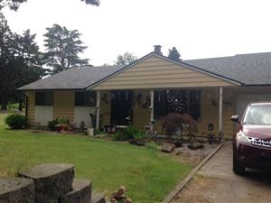 Photo of 4075 SW RIVER RD, Hillsboro, OR 97123 (MLS # 18639478)