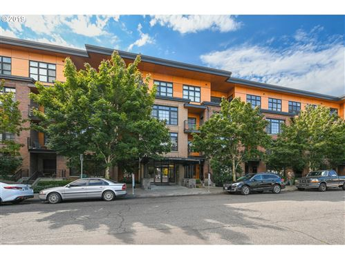 Photo of 2350 NW SAVIER ST 224 #224, Portland, OR 97210 (MLS # 19690479)