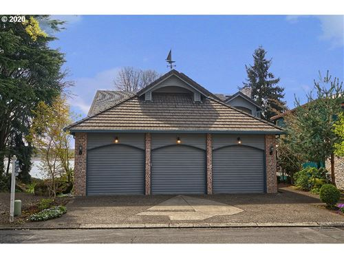 Photo of 14001 SE 38TH ST, Vancouver, WA 98683 (MLS # 19480480)