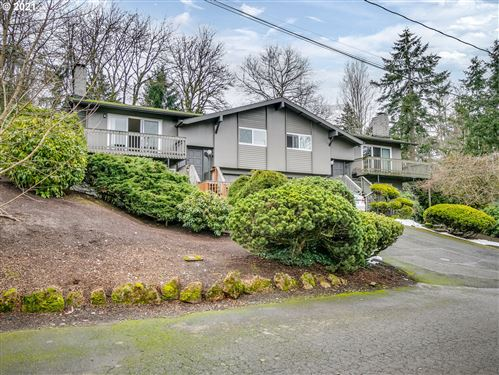 Photo of 9120 SW 38TH AVE, Portland, OR 97219 (MLS # 21187480)