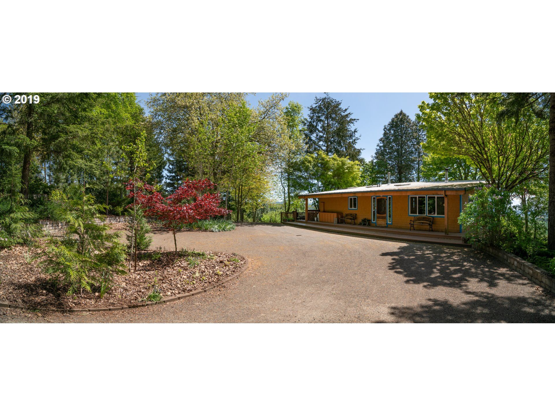 Photo of 8750 NORTH OAK GROVE RD, Rickreall, OR 97371 (MLS # 19229485)