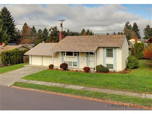 Photo of 13825 SW 22nd ST, Beaverton, OR 97008 (MLS # 19086486)