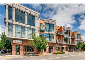 Photo of 838 SE 38TH AVE 208 #208, Portland, OR 97214 (MLS # 19150489)