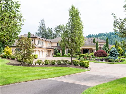 Photo of 24140 SW PETES MOUNTAIN RD, West Linn, OR 97068 (MLS # 19332489)