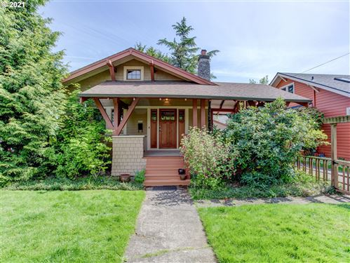 Photo of 2824 NE 52ND AVE, Portland, OR 97213 (MLS # 21221489)