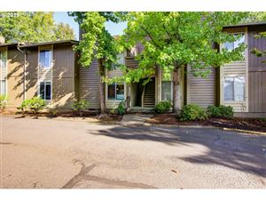 Photo of 650 SW MEADOW DR #118, Beaverton, OR 97006 (MLS # 19001491)