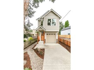 Photo of 6625 SE 92nd AVE, Portland, OR 97266 (MLS # 19602491)