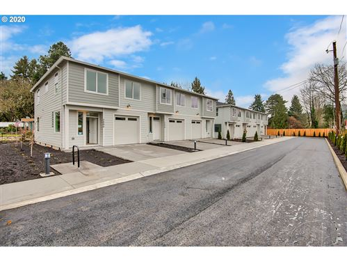 Photo of 2880 SE 87TH AVE, Portland, OR 97266 (MLS # 20623491)