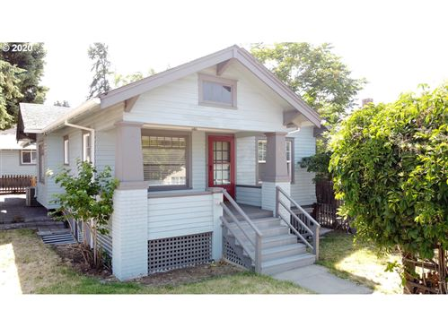 Photo of 600 W 10TH, The Dalles, OR 97058 (MLS # 20600492)