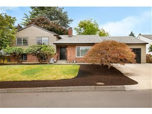 Photo of 5110 SE 36TH AVE, Portland, OR 97202 (MLS # 19085493)