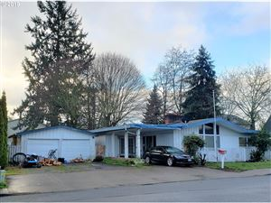 Photo of 333 SE 2ND AVE, Canby, OR 97013 (MLS # 19543495)