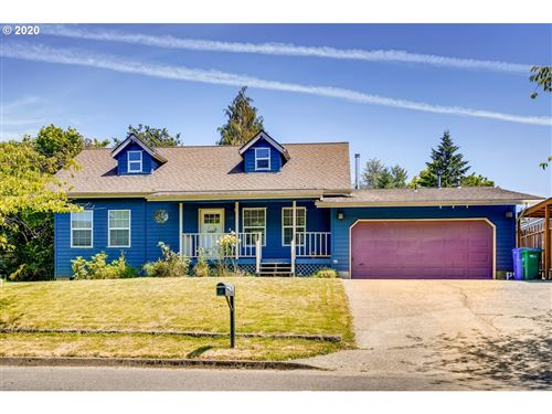 Photo of 13232 SE 124TH AVE, Clackamas, OR 97015 (MLS # 20070495)
