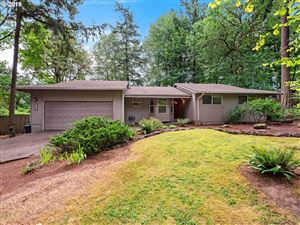 Photo of 8630 SW 54TH AVE, Portland, OR 97219 (MLS # 19071499)