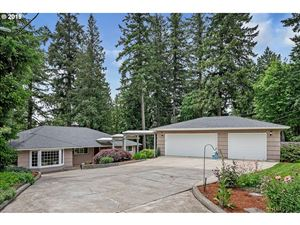 Photo of 16740 SW 108TH AVE, Tigard, OR 97224 (MLS # 19302501)