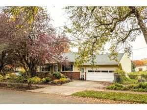 Photo of 1708 SE 31ST AVE, Portland, OR 97214 (MLS # 19454501)