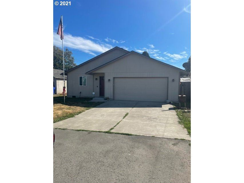 92 DIVISION ST, Kelso, WA 98626 - MLS#: 21439504