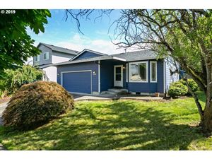 Photo of 642 SE 72ND AVE, Hillsboro, OR 97123 (MLS # 19364505)
