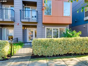 Photo of 7574 N BURLINGTON AVE #7-3, Portland, OR 97203 (MLS # 19467505)