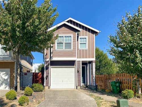 Photo of 8034 SE 80TH PL, Portland, OR 97206 (MLS # 21569506)