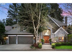 Photo of 4027 CANAL WOODS CT, Lake Oswego, OR 97034 (MLS # 19230507)