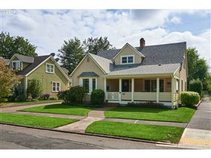 Photo of 410 NE 12TH ST, McMinnville, OR 97128 (MLS # 19233507)