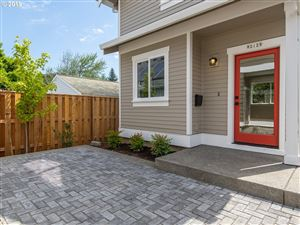 Photo of 9212 N POLK AVE B #B, Portland, OR 97203 (MLS # 19589507)