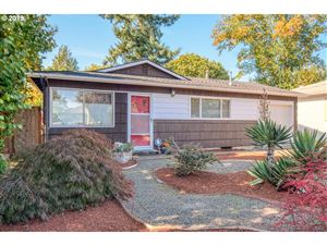 Photo of 4903 SE 61ST AVE, Portland, OR 97206 (MLS # 19335508)