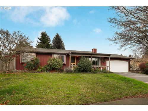 Photo of 17710 TOWLE DR, Sandy, OR 97055 (MLS # 20574508)