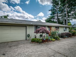 Photo of 6918 SE 92ND AVE, Portland, OR 97266 (MLS # 19643513)