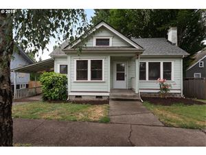 Photo of 518 SE WASHINGTON ST, McMinnville, OR 97128 (MLS # 19387518)