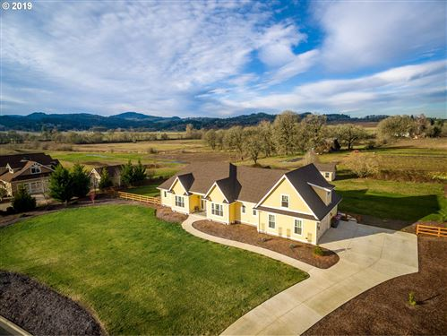 Photo of 2275 SW WEST WIND DR, McMinnville, OR 97128 (MLS # 19076519)