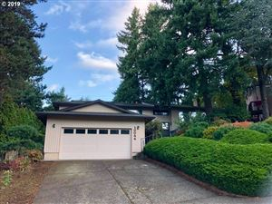 Photo of 10044 SE 100TH DR, Happy Valley, OR 97086 (MLS # 19130519)