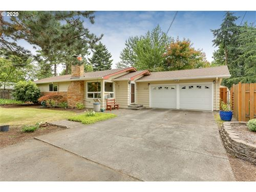 Photo of 2230 SE 159TH AVE, Portland, OR 97233 (MLS # 20143521)