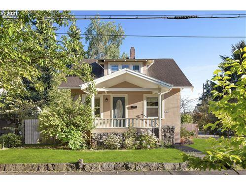 Photo of 1406 NE FAILING ST, Portland, OR 97212 (MLS # 21452521)