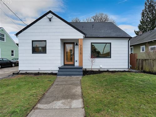 Photo of 7210 N TYLER AVE, Portland, OR 97203 (MLS # 20297526)