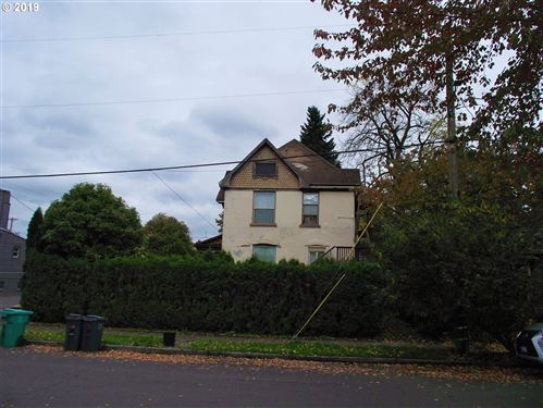Photo of 7468 N HAVEN AVE, Portland, OR 97203 (MLS # 19257529)