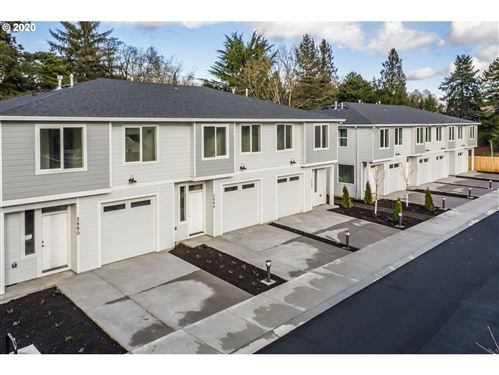 Photo of 2896 SE 87th AVE, Portland, OR 97266 (MLS # 20417532)