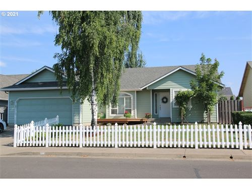 Photo of 585 PINE CT, Creswell, OR 97426 (MLS # 21207532)