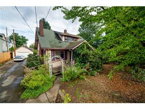 Photo of 2746 SE 84TH AVE, Portland, OR 97266 (MLS # 19381534)