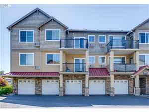 Photo of 645 NW FALLING WATERS LN 401 #401, Portland, OR 97229 (MLS # 19403534)