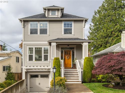 Photo of 8217 SW 8TH AVE, Portland, OR 97219 (MLS # 19326536)