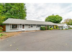 Photo of 2665 SW SPRING GARDEN ST 2665 #2665, Portland, OR 97219 (MLS # 19370537)