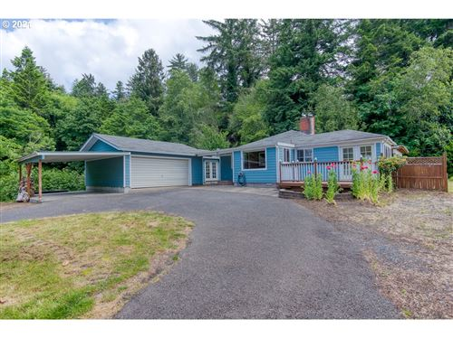 Photo of 66629 GLASGOW LN, North Bend, OR 97459 (MLS # 21610537)