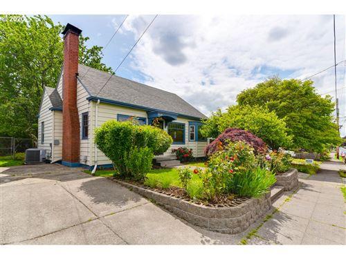Photo of 4624 SE WINDSOR CT, Portland, OR 97206 (MLS # 20142538)