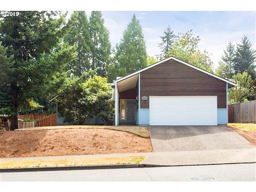 Photo of 21234 SW MARTINAZZI AVE, Tualatin, OR 97062 (MLS # 19226540)