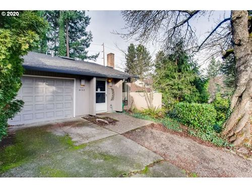 Photo of 6105 SW 68TH CT, Portland, OR 97223 (MLS # 19482540)